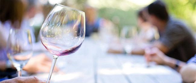 Davvero il vino fa ingrassare?